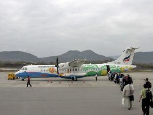 Per Flug von Bangkok nach Trat und weiter nach Koh Chang
